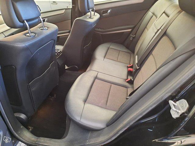 Mercedes-Benz E 250 CDI 8