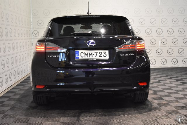 Lexus CT 3