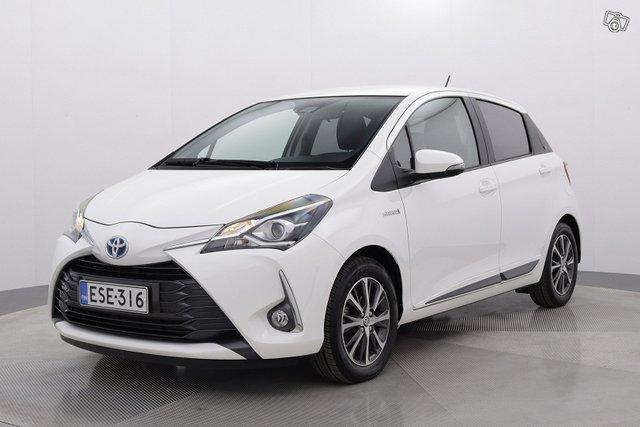 Toyota Yaris 1