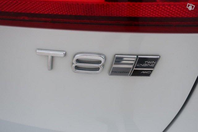Volvo V90 16