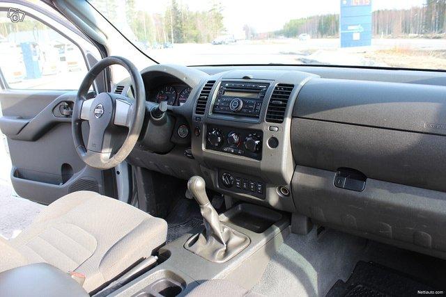 Nissan Navara 7