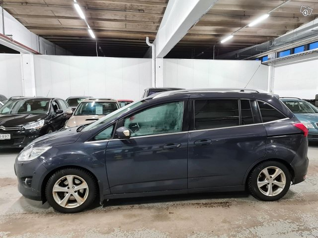 Ford C-MAX Grand 1