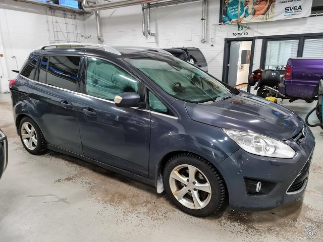 Ford C-MAX Grand 7
