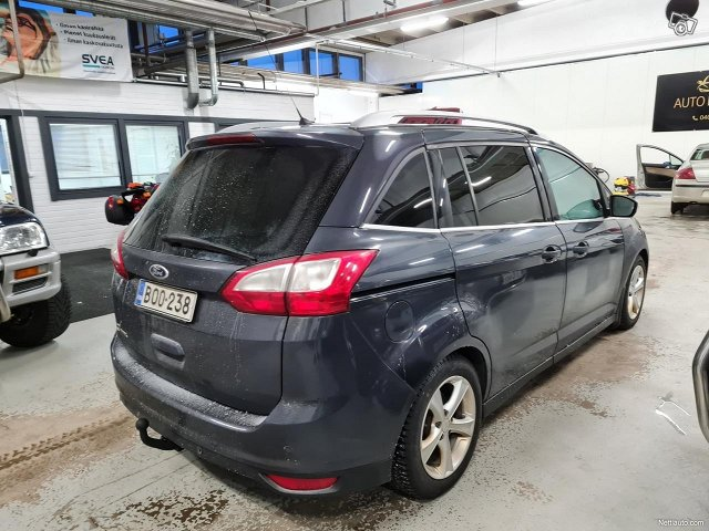 Ford C-MAX Grand 8
