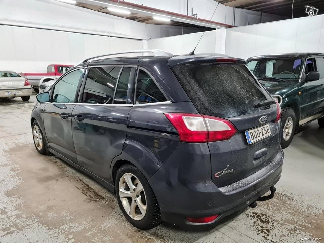 Ford C-MAX Grand 10