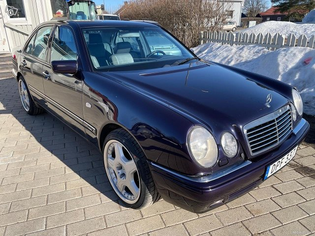 Mercedes-Benz E320 4matic 224hv 11