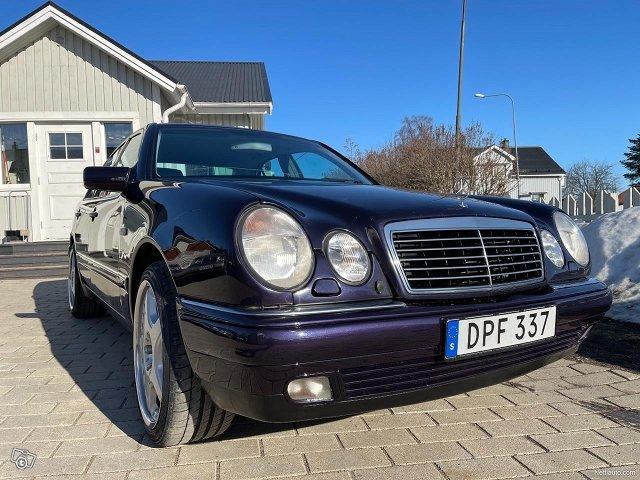 Mercedes-Benz E320 4matic 224hv 25