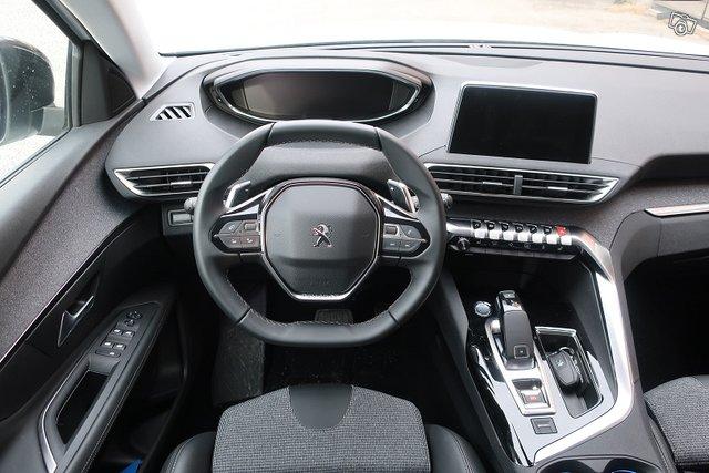 Peugeot 3008 7