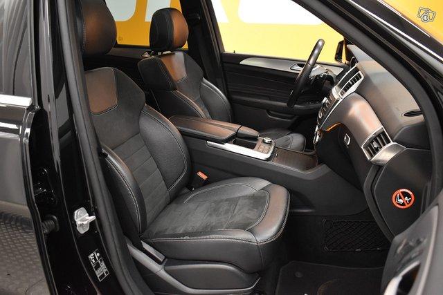 Mercedes-Benz ML 16