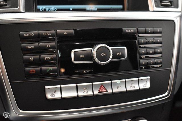 Mercedes-Benz ML 21