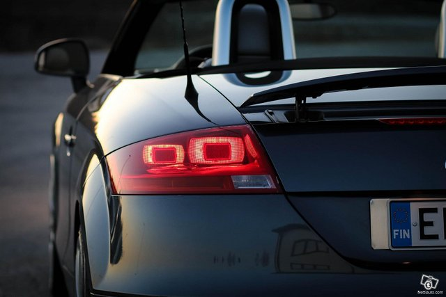 Audi TT 12