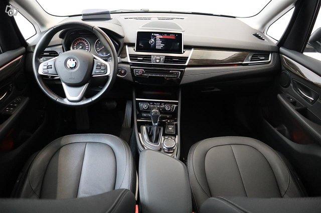 BMW 225 12