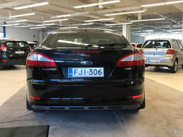 Ford Mondeo 8