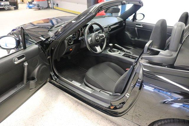 Mazda MX-5 12