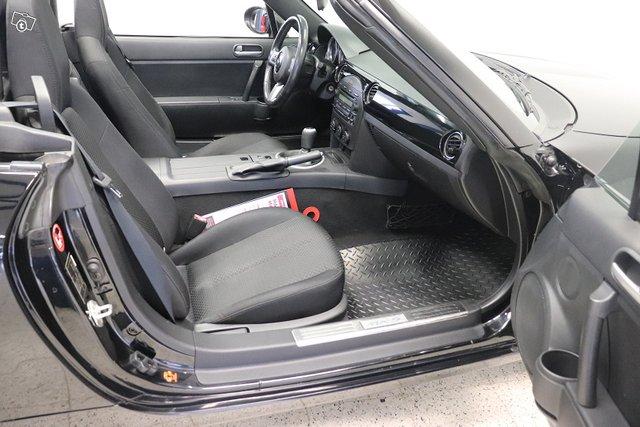 Mazda MX-5 14