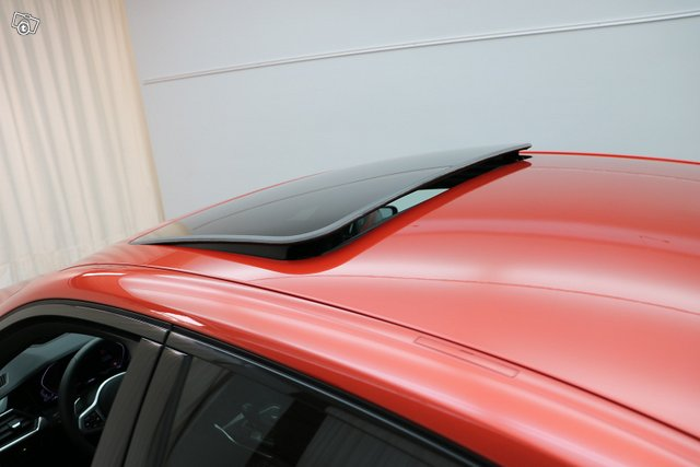 BMW 3-sarja 8