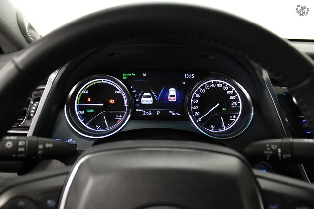 Toyota Camry 21