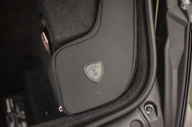 Lamborghini Gallardo 14