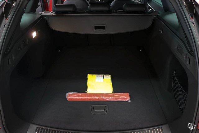 Opel INSIGNIA 24