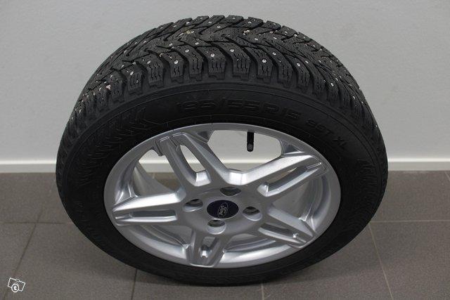 Ford Fiesta 21