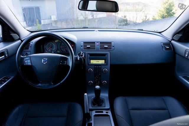 Volvo V50 6