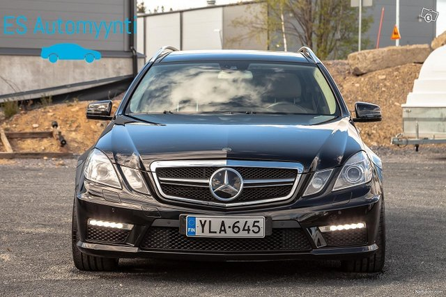 Mercedes-Benz E 63 AMG 2