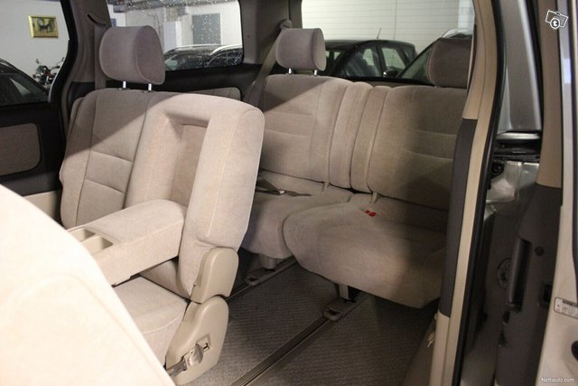 Toyota Alphard 10
