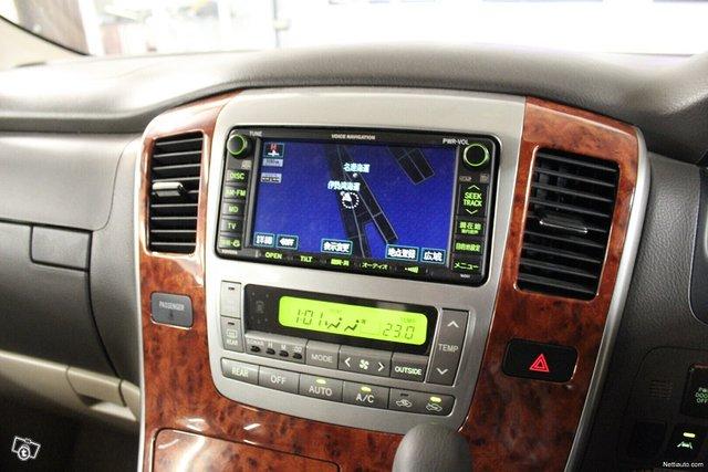 Toyota Alphard 13