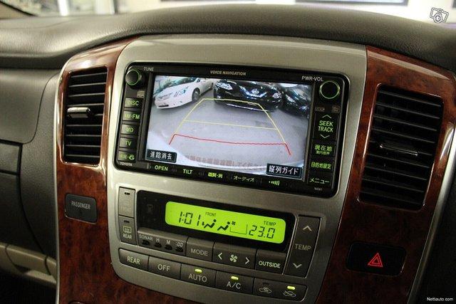Toyota Alphard 14