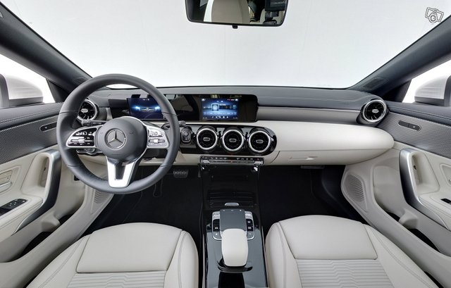 Mercedes-Benz CLA 11