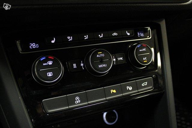Volkswagen Touran 23