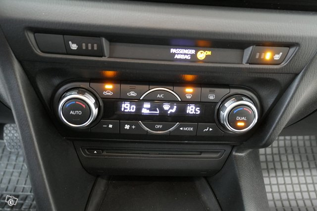 Mazda Mazda3 19