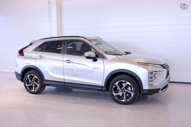 Mitsubishi ECLIPSE CROSS 5