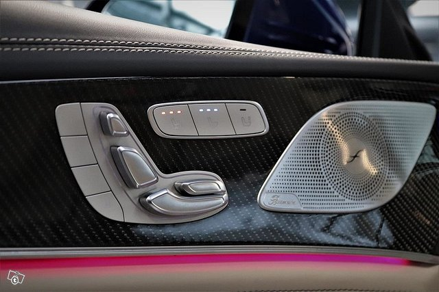 MERCEDES-BENZ AMG GT 12