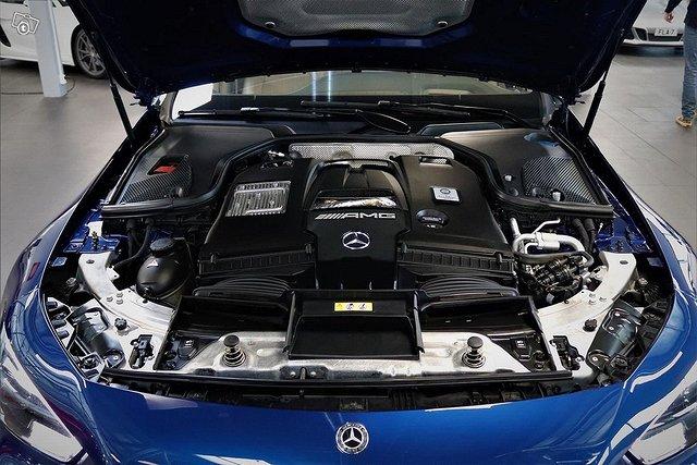 MERCEDES-BENZ AMG GT 18