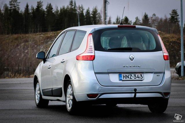 Renault Grand Scenic 13
