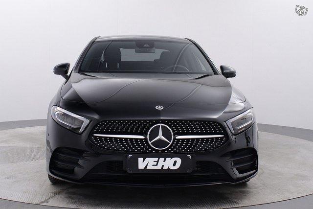 Mercedes-Benz A 2