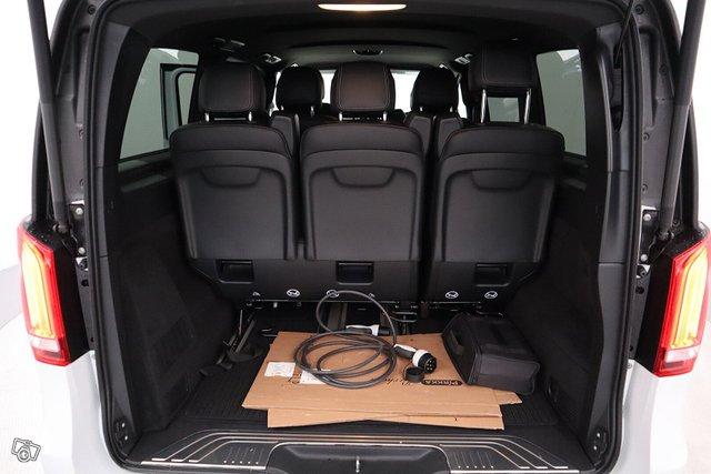 Mercedes-Benz EQV 13