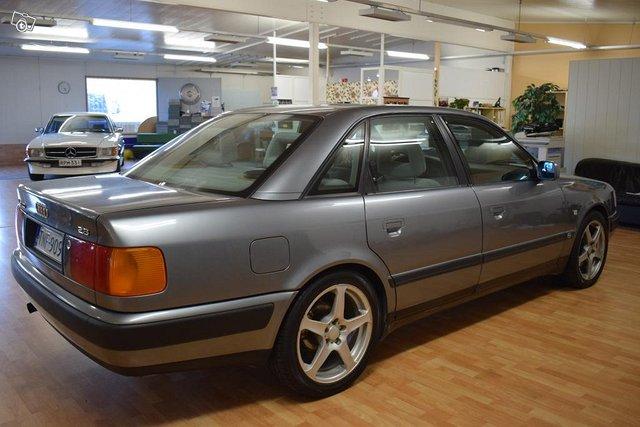 Audi 100 4