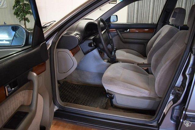 Audi 100 7