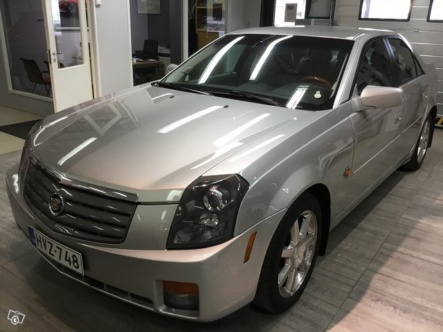 Cadillac CTS 3