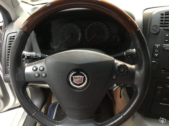 Cadillac CTS 11