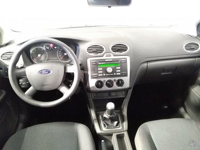 Ford Focus 7
