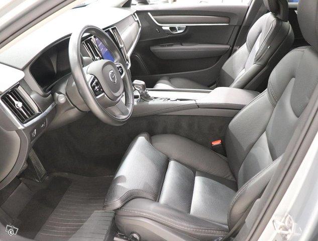 Volvo V90 Cross Country 7