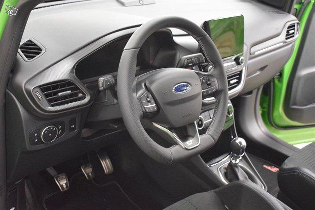 Ford Puma 4