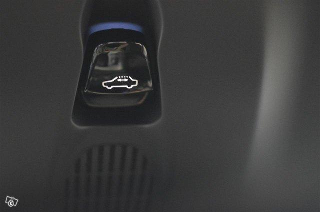 Volvo XC90 16