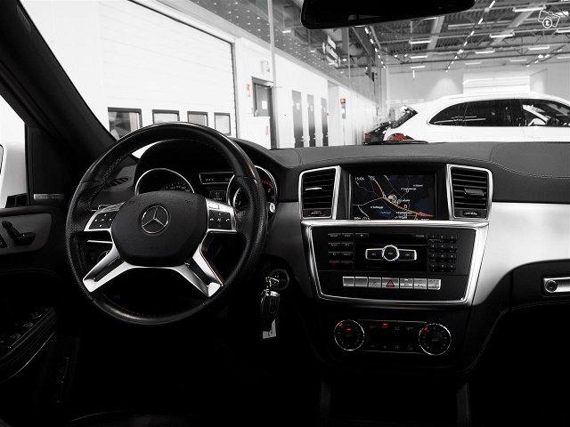 Mercedes-Benz GL 6