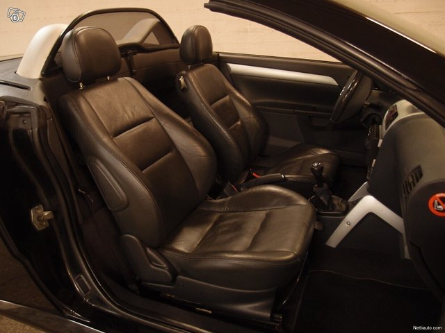 Opel Tigra 11