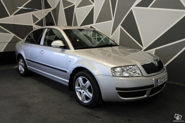 Skoda Superb, kuva 1