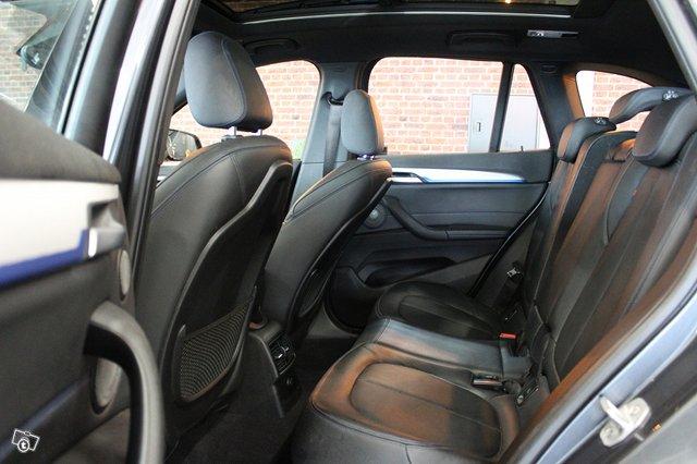 BMW X1 11